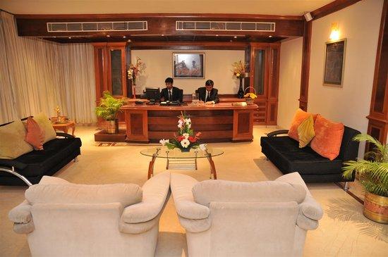 Hotel Teekay Grand