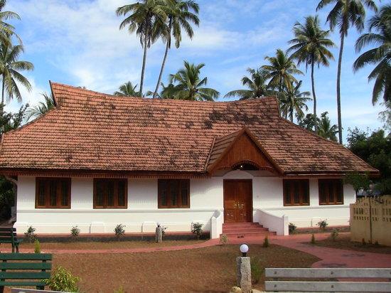 Intrepid Kaleeveedu Lodge