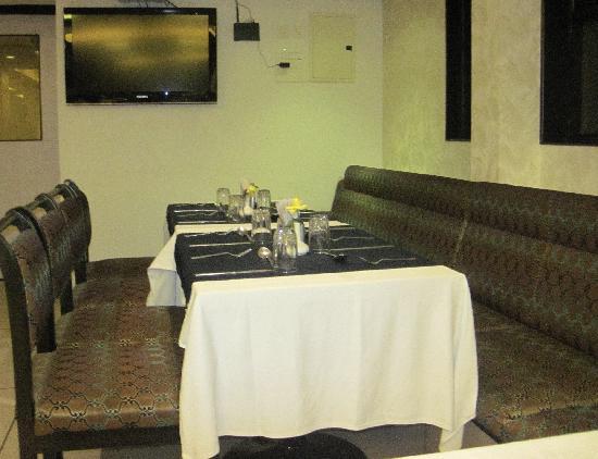 Hotel Vrishali Executive: Restaurant