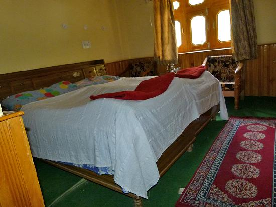 Tabo, India: Trojan Guest House Room