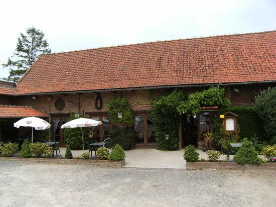 Boeschepe, Frankreich: vue sur la terrasse