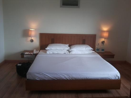 Comfort Inn Marina Towers: Bed