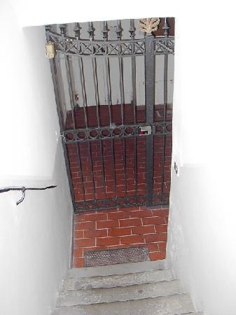 Hotel Borgo: cancello