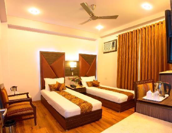 โรงแรมซันสตาร์ ไฮท์: twin room 1