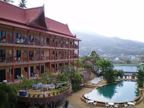 Casa Del M, Patong Beach: ホテルの外観