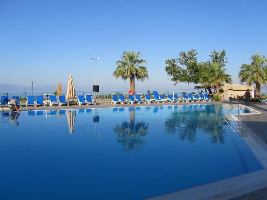 Gumuldur Resort Hotel: Piscine