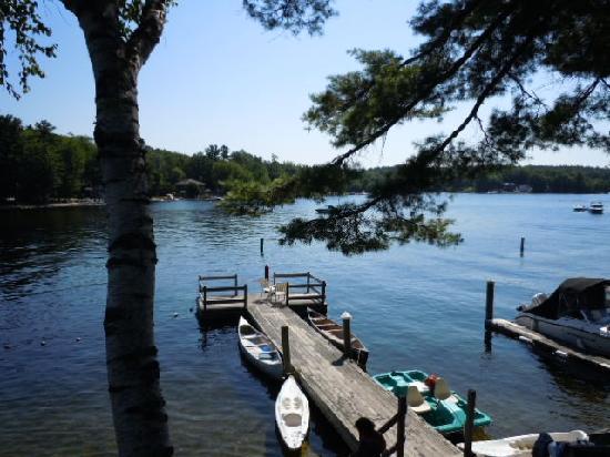 Sebago Lake Lodge & Cottages: Nice dock