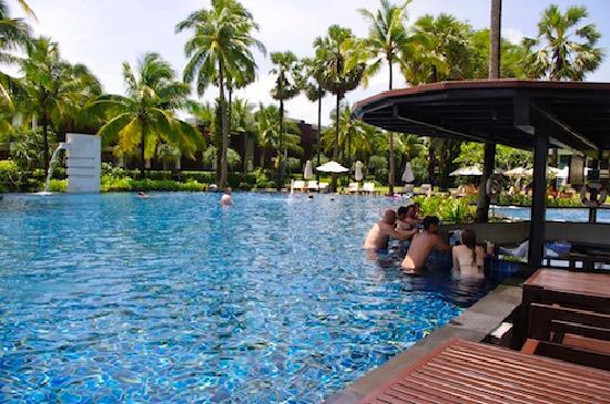รามาด้า รีสอร์ท เขาหลัก: Ramada pool