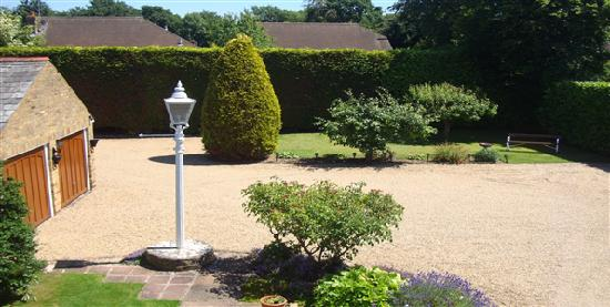 Pinfield Hotel: Grounds