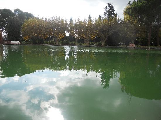 Hotel Termes de Montbrio - Resort Spa & Park : Estaño en los jardines del Hotel