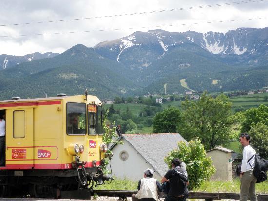Le Train Jaune: Station between Villefranche and Mont Louis