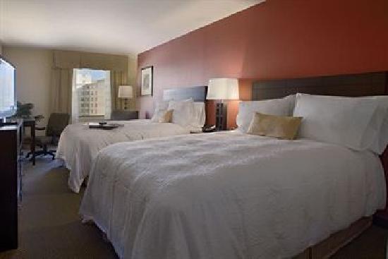 Hampton Inn Silver Spring : Our room