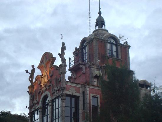 Estancia Santa Rita: Castillo