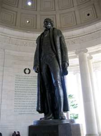 Jefferson Memorial : Jefferson Statue