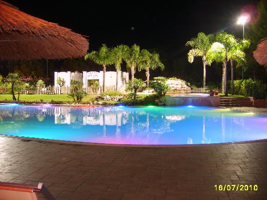 Siesta Camping Villaggio Hotel: La Piscina