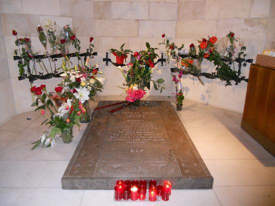 Gaudi S Grave Picture Of Basilica Of The Sagrada Familia