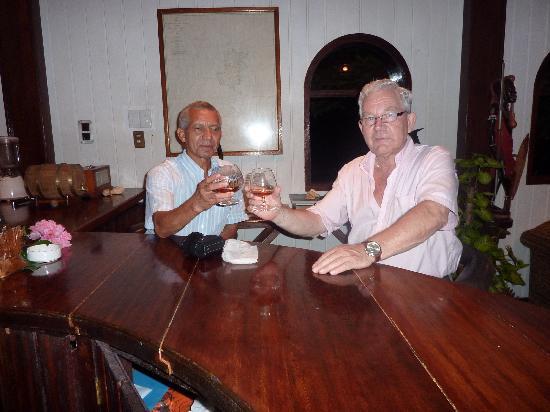 Bom Bom Principe Island: bar van het resort