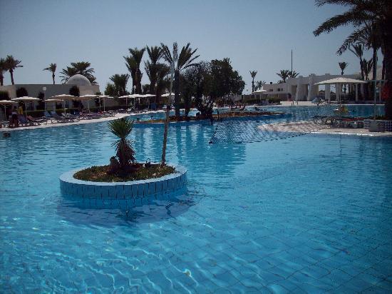El Mouradi Djerba Menzel: grande piscine principale