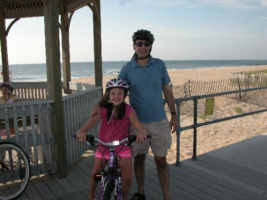 Villa Park House: Biking at the Beach