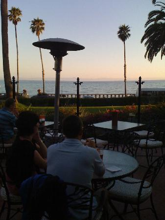 Four Seasons Resort The Biltmore Santa Barbara: view from the bar...wonderful!