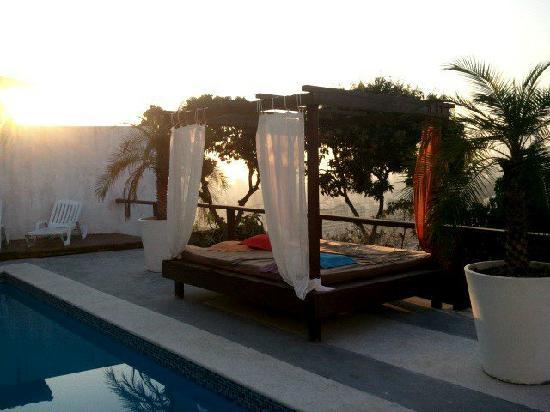 The Villa: lever de soleil sur Rio