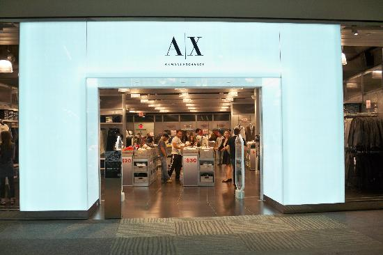 Elizabeth, NJ: A/X Armani Exchange Outlet