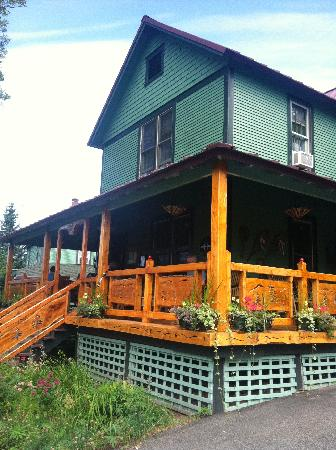 "Paradox Lodge & Cedar Lodge: ""Home away from home!"""