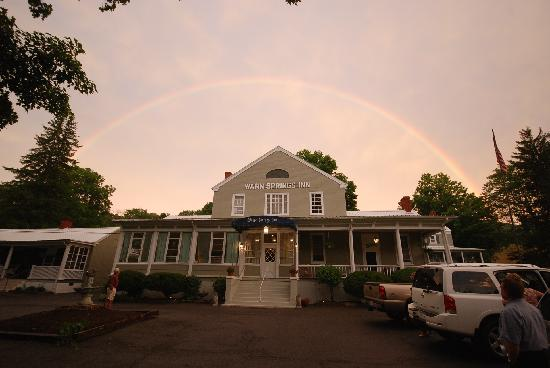 Warm Springs Inn: We are the pot of gold!