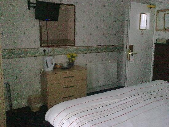 Fairway Country Hotel: Bedroom