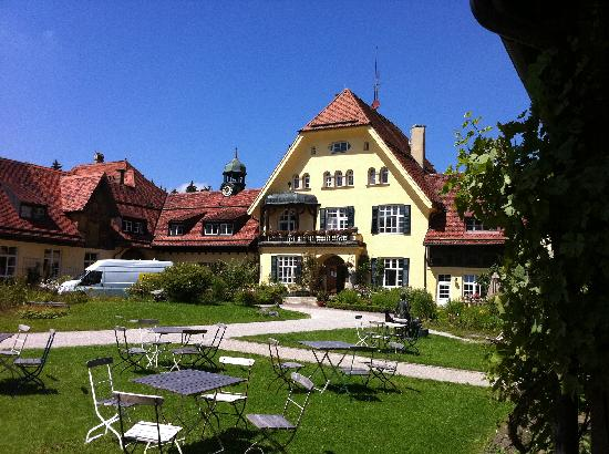 Glonn, Alemania: Ansicht vom Haupthaus Gut Sonnenhausen