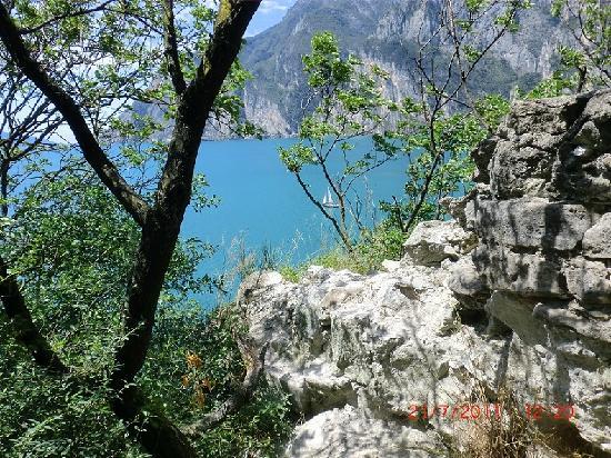 Hotel Garni Villa Magnolia: Vele sul lago di Garda