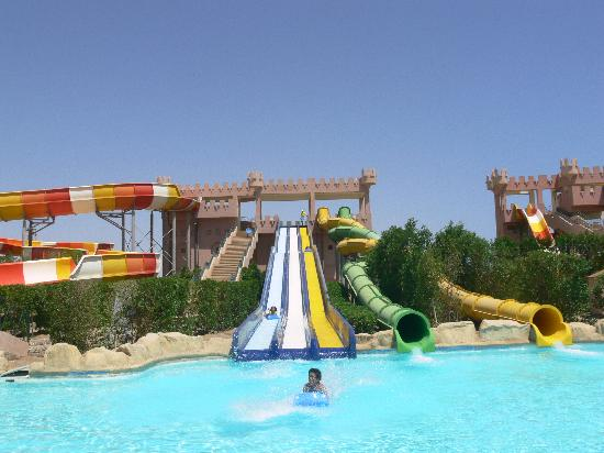 LTI Akassia Beach : No lines for the slides while we were there
