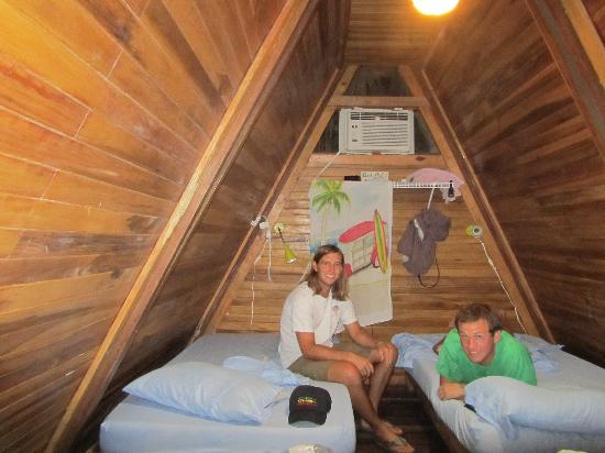 Playa Grande Surf Camp: Inside a two-person cabina w/AC