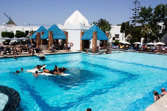 Agador Tamlelt : La piscine principale
