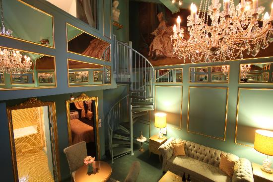The Roxbury, Contemporary Catskill Lodging: Amadeus' Bride