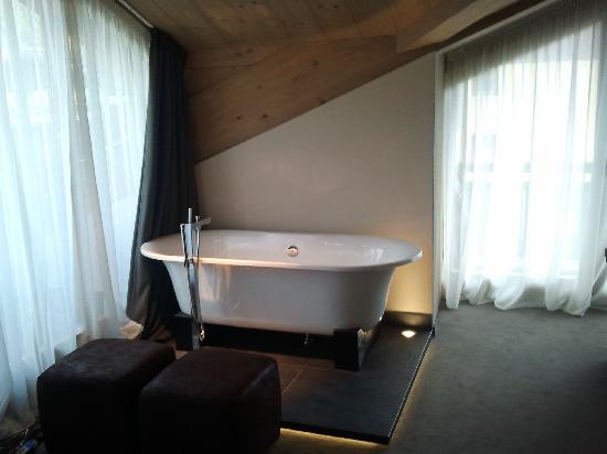 Hotel Sonne: La vasca da bagno