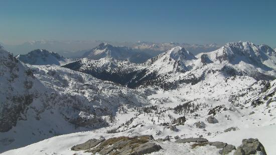 Falkensteiner Hotel Sonnenalpe: Sonnenalpe skiing