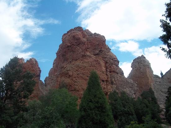 Glen Eyrie Castle & Conference Center : The Scenery