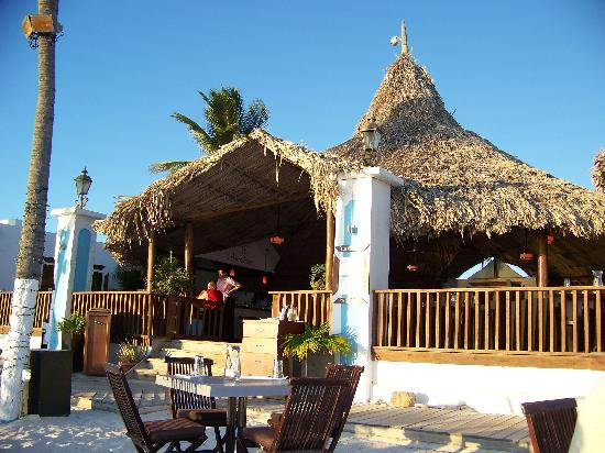 Barefoot Restaurant: view from table on the beach