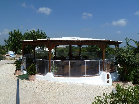Monte da Eira - Casa de Campo : Perfect for eating, surfing and relax.