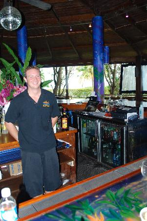 Blue Horizon Boutique Resort: blue moon bar