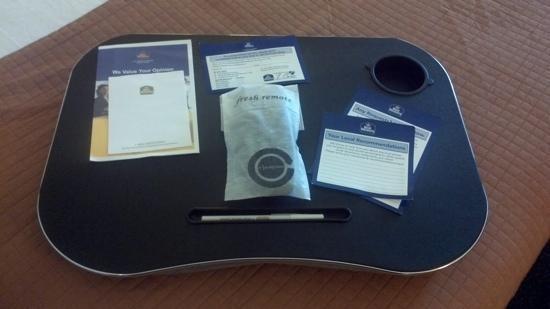 BEST WESTERN Evans Hotel: laptop pad