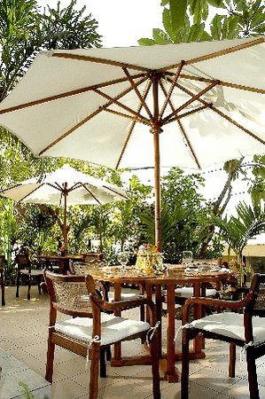 โรงแรมวิลาริสิ: Restaurant