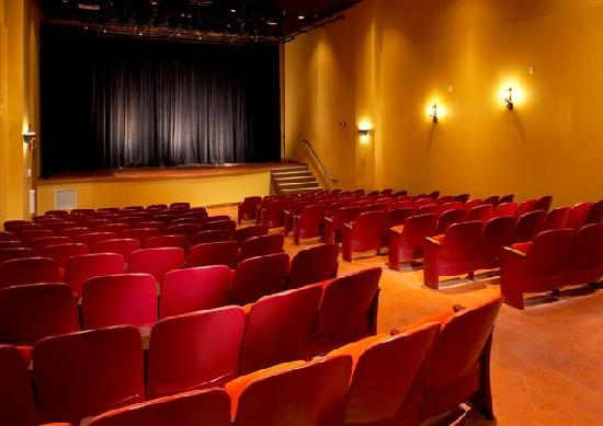 La Casa Cottage Resort: 132 seat Theatre in the Events Centre