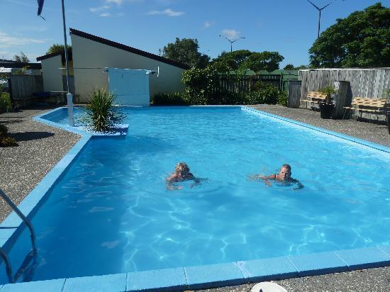 Fern Motel: Het zwemwater was heerlijk!