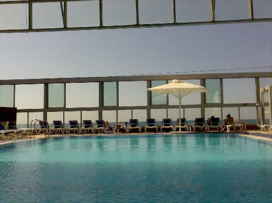 Crowne Plaza Tel Aviv Beach : pool