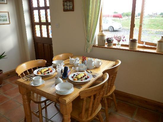 Langton Brook Farm Bed and Breakfast: Our breakfast