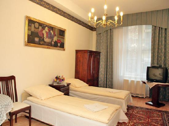 Apartments Florian - Old Town: Apartment Honey 19 - bedroom