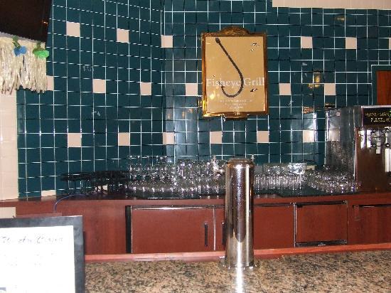 Embassy Suites by Hilton Orlando - International Drive / Convention Center: Bar