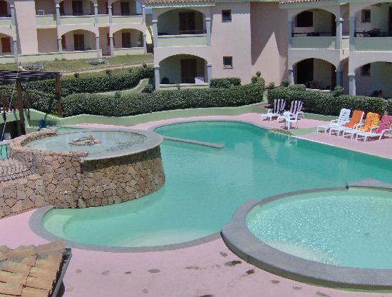 Бадези, Италия: piscina centrale